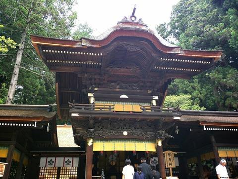 長野県 諏訪大社 下社秋宮