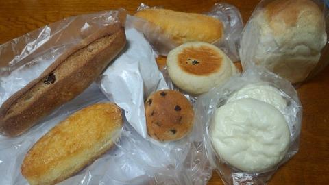 富岡市「むくむく」のパンが美味しい
